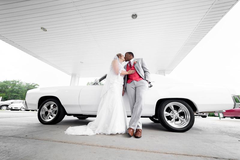 Laura & AJ Wedding (0998).jpg