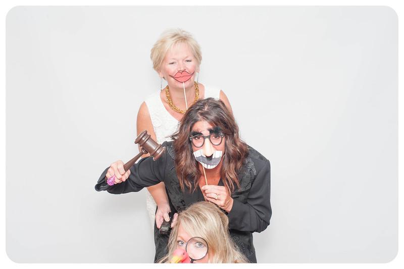 Courtney+Will-Wedding-Photobooth-276.jpg