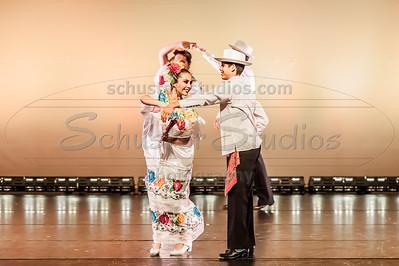 """""""Las Calles de Yucatan"""" - Alcorta Compania de Danza Folklorica"""