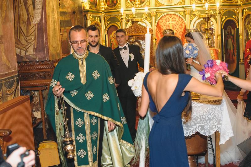 Andreea-biserica-18-October-2014-Nunta--LD2_7760Liviu-Dumitru.jpg