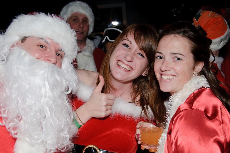 2009 ALS Santa Crawl-105.jpg