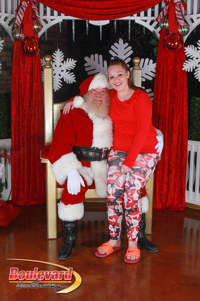 Santa 12-17-16-470.jpg