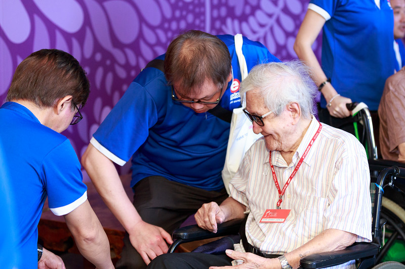 VividSnaps-Extra-Space-Volunteer-Session-with-the-Elderly-095.jpg