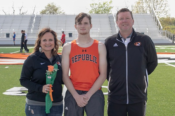 20190425 Track - Republic Relays
