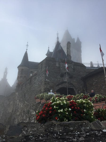 Cochem Castle in the mist.jpg