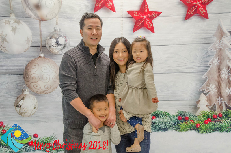 Christmas Photobooth 2018 Sunday-112.jpg