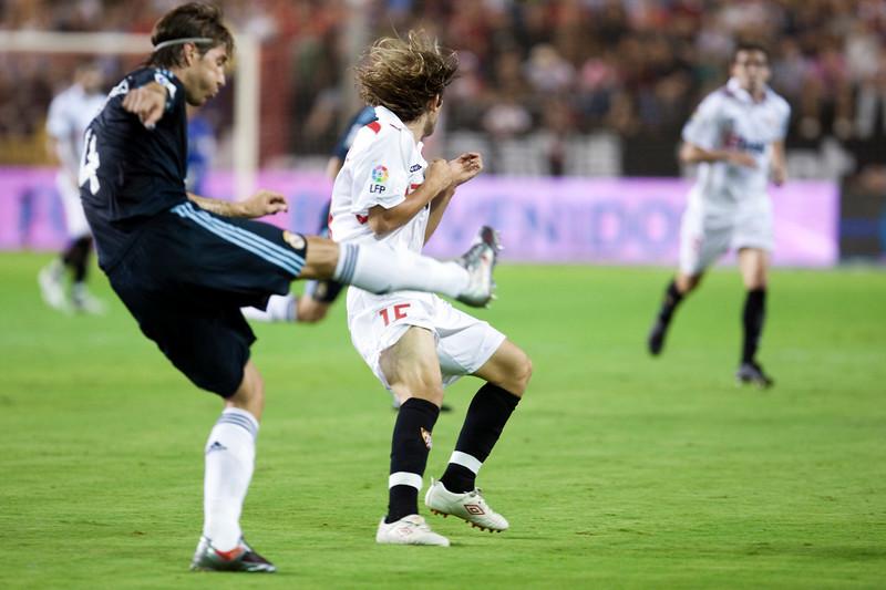 Sergio Ramos kicks the ball before Capel. Spanish League game between Sevilla FC and Real Madrid, Sanchez Pizjuan Stadium, Seville, Spain, 4 October 2009