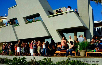 A Sexy Saturday Soiree - OCEANFRONT Party House - Mission Beach.