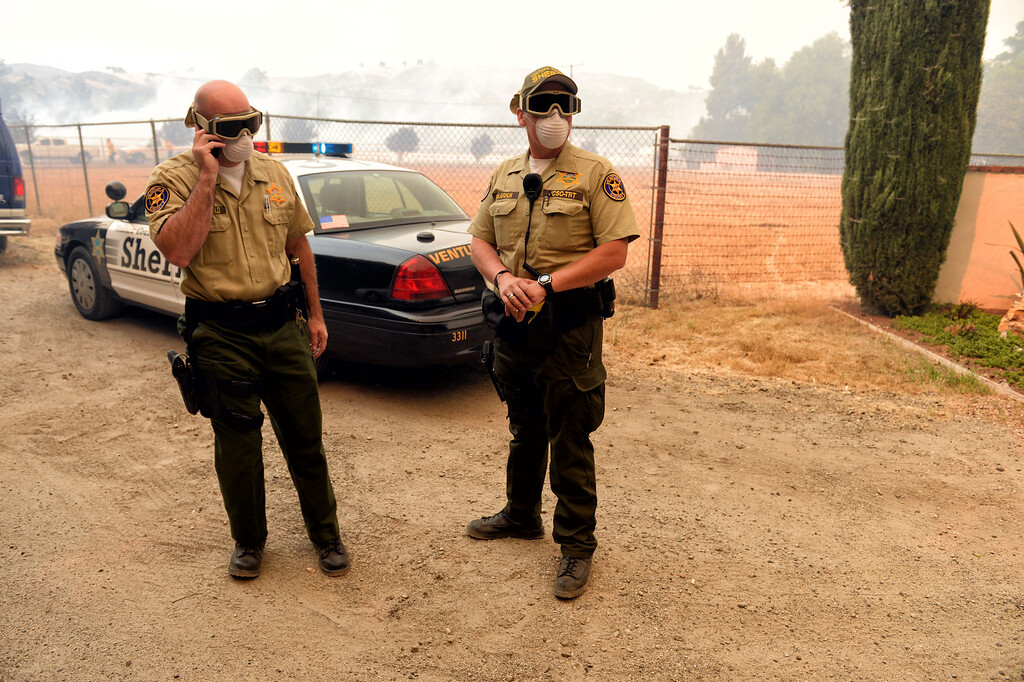 . Ventura County Sheriff\'s deputies along Hidden Valley Rd in Thousand Oaks Friday, May 3, 2013. (Hans Gutknecht/LA Daily News)
