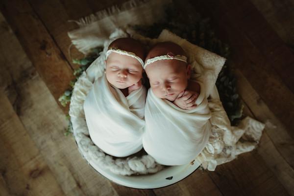 Ava and Leah