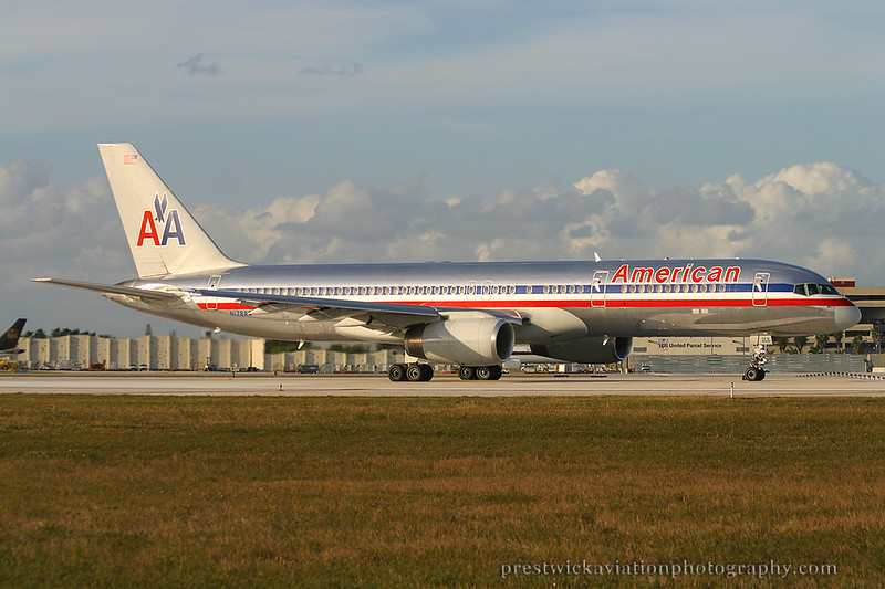 N178AA. Boeing 757-223. American. Miami. 030304.