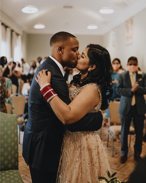 wedding insta feed M& S4.jpg