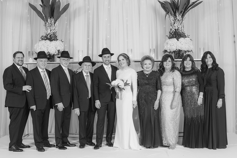 Miri_Chayim_Wedding_BW-656.jpg
