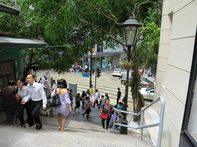 1554 Down the steps from the market.jpg