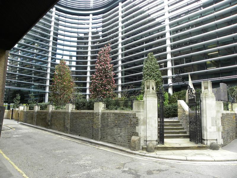 St Swithen London Stone (5).JPG