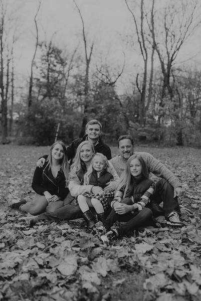 Loupe Family-BW-54.jpg