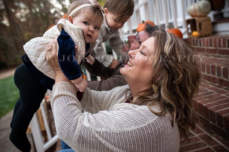 2019 November Ellis Family-92-232.jpg