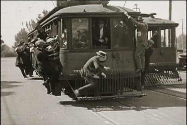 1923, Safety Last - Towel Delivery & Trolly