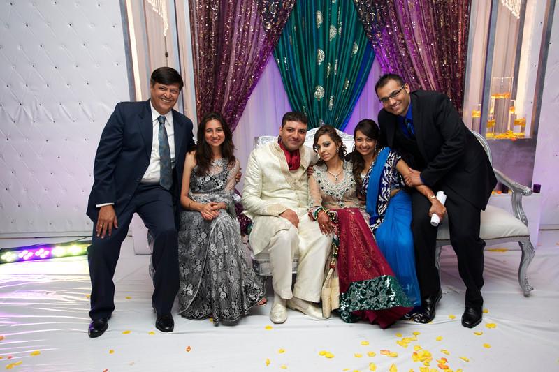 Rahim-Walima-2012-06-02325.jpg
