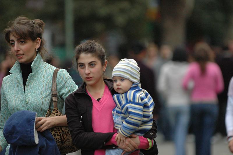 051009 9723 Georgia - Tbilisi - Georgian People Celebrating Sunday _E _I _L _N ~E ~L.JPG