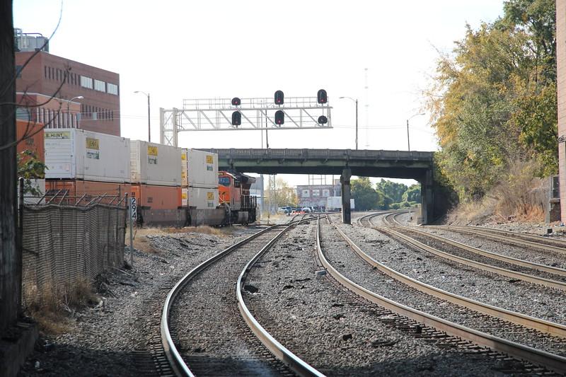 "New Train running on the ""Abandoned Wye"" A751-07 Fairburn intermodal to Atlanta Hulsey intermodal turn.   BNSF 3976 running long hood forward, NS style."