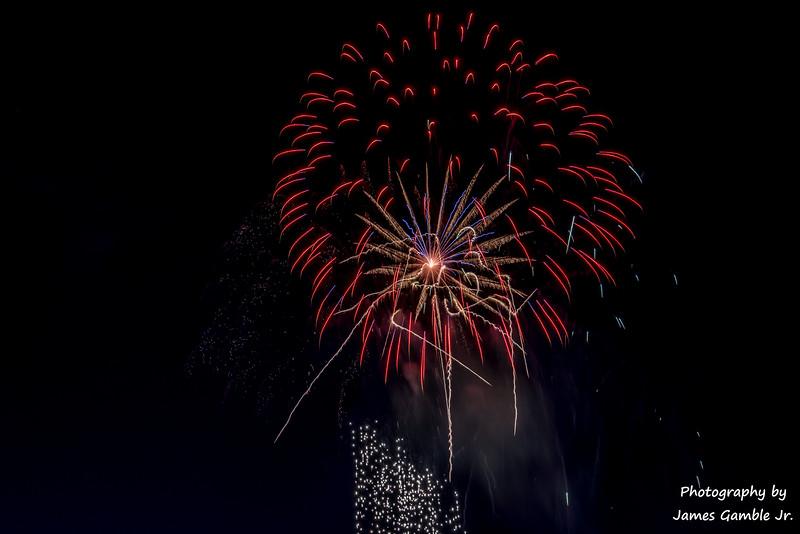 Fourth-of-July-Fireworks-2016-0367.jpg