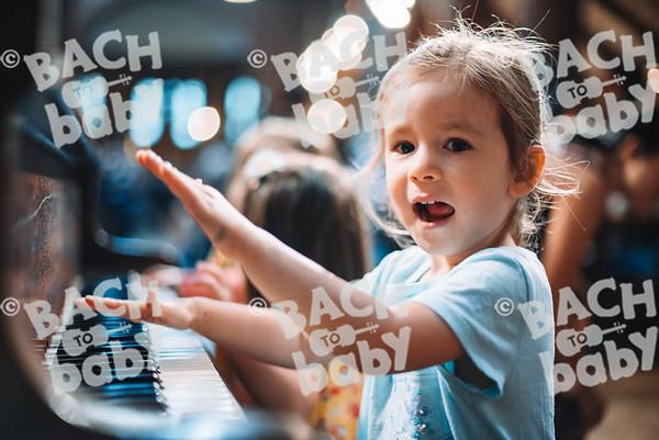 © Bach to Baby 2018_Alejandro Tamagno_Clapham_2018-08-10 038.jpg