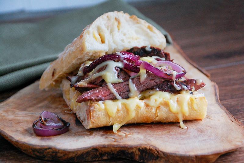 Steak sandwich.png