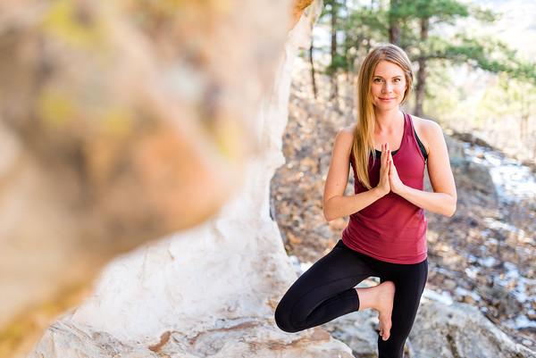 Sarah Collins / yoga