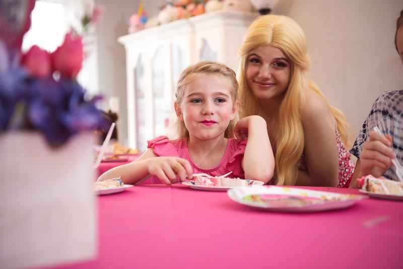 2020-0104-delaney-barbie-party-154.jpg