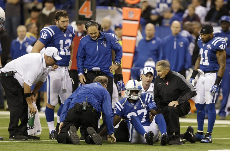 . <p><b> Colts at Texans (+2½):</b>  <p>Indianapolis quarterback Andrew Luck says he blames himself and his poor throw for the season-ending knee injury suffered by his top receiver Reggie Wayne in Week 7. But Colts owner Jim Irsay isn�t buying it, saying Wayne�s injury, like most everything else, is Peyton Manning�s fault. <p>Pick: <b>Colts by 7</b> <p>   (AP Photo/Michael Conroy)