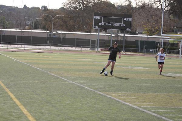 Girls soccer photos 1-11-2010