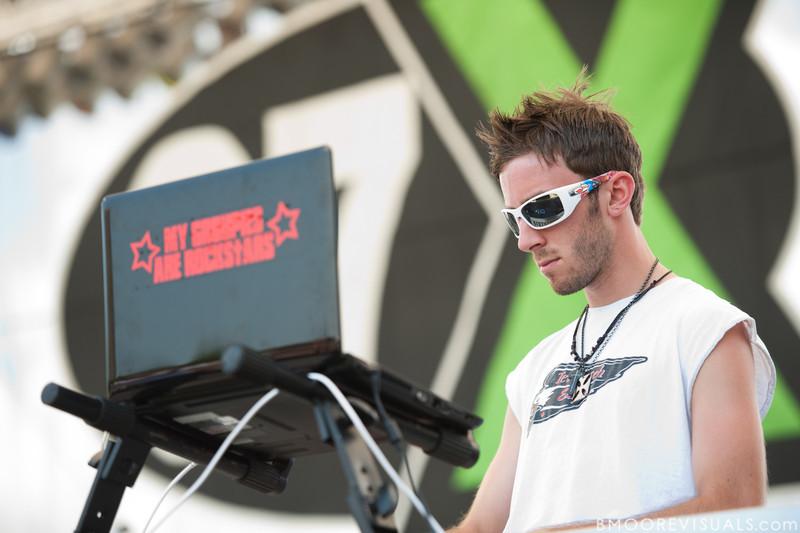 Richy Nix performs on May 29, 2010 at 97X Next Big Thing at Vinoy Park in St. Petersburg, Florida