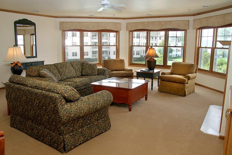 room8 nice 1250.jpg