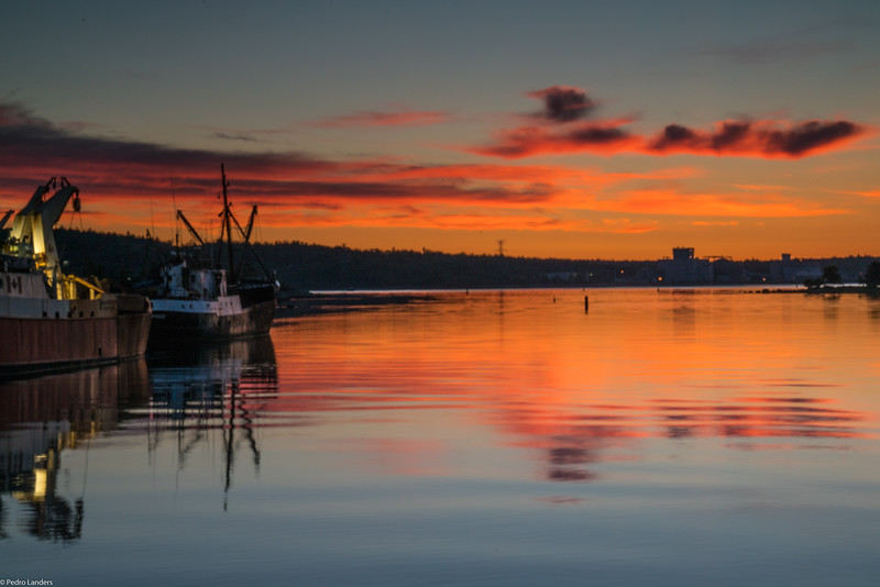 Sunrise on the Mersey (Nova Scotia)