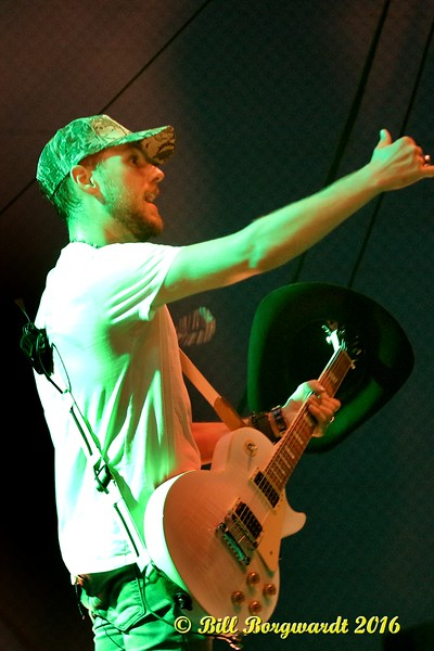 Brett Kissel at Spruce Grove 379.jpg