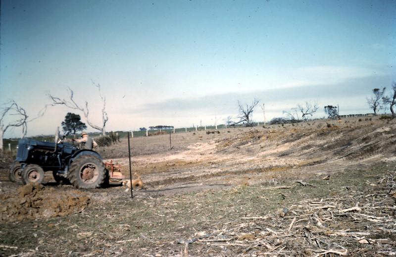 1962-7 (25) Top dam.JPG