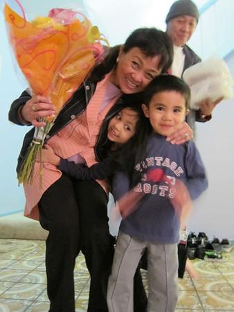 2012-02-03 Mama Sandra Birthday
