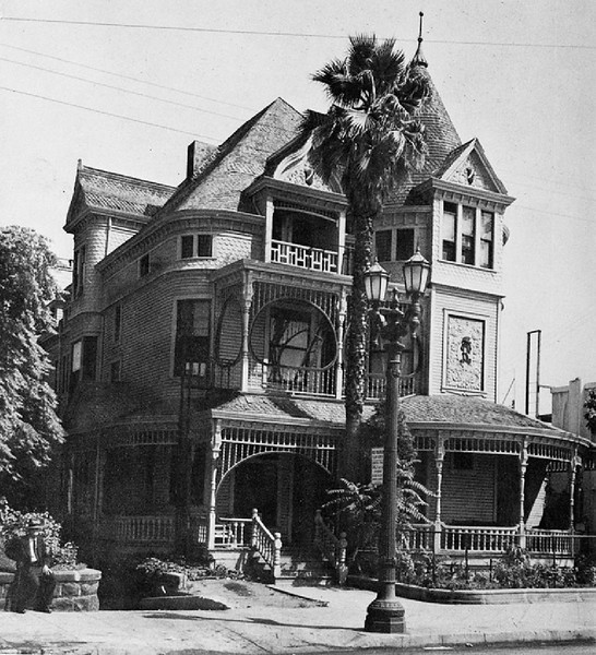 Exterior view of the Richlieu Hotel, 120 Grand Avenue, Los Angeles, ca.1958