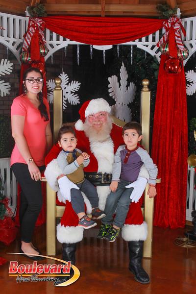 Santa 12-10-16-70.jpg