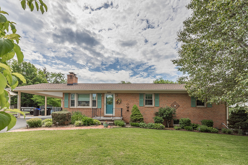 5086 Laura Dr