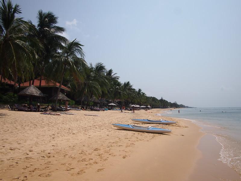 P1297017-long-beach.JPG