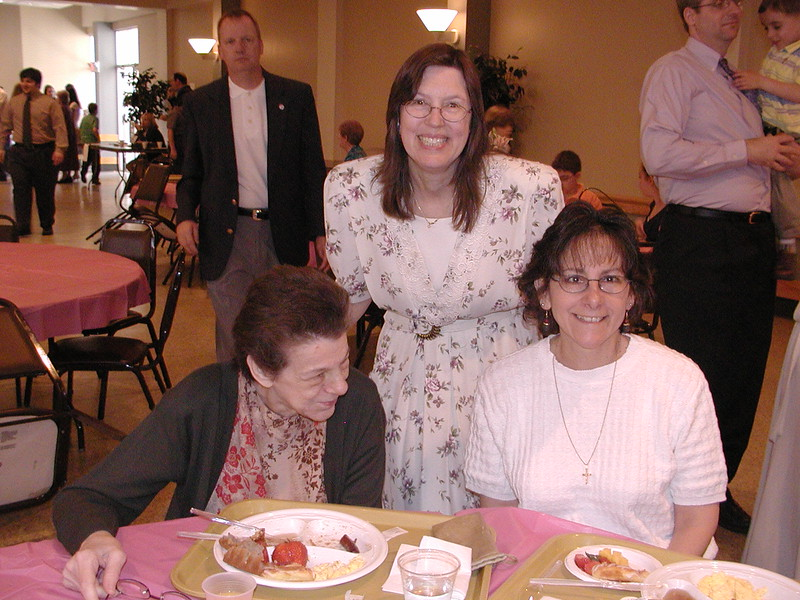 2007-05-13-Mothers-Day-Luncheon_002.jpg
