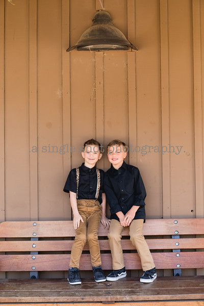 Family Sessions: Outdoor