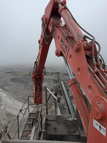 NPK B600 pedestal boom with GH6 hydraulic hammer.jpg