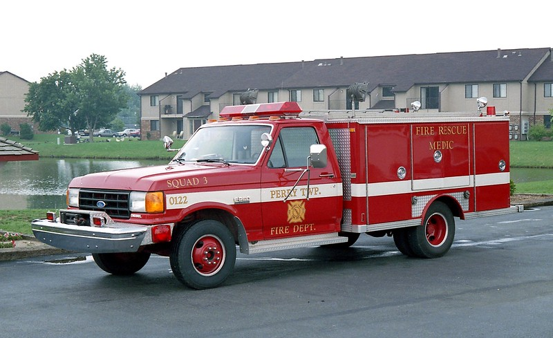 PERRY SQUAD 3  FORD F -.jpg