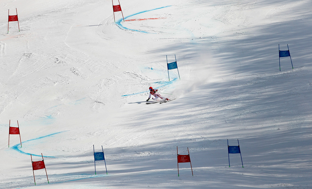 . Austria\'s Marcel Hirscher skis to the gold medal following the second run of the men\'s giant slalom at the 2018 Winter Olympics in Pyeongchang, South Korea, Sunday, Feb. 18, 2018. (AP Photo/Christophe Ena)