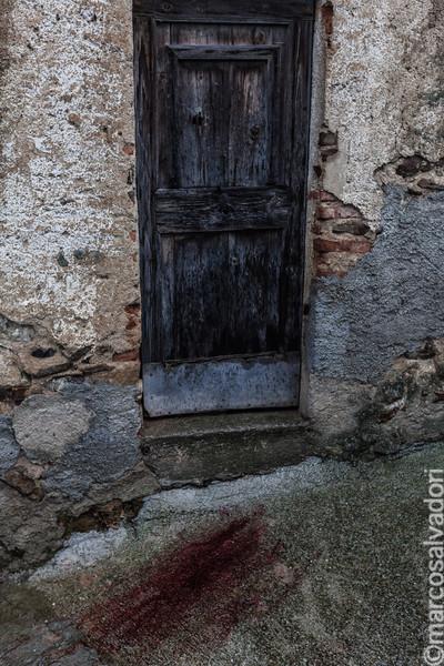 il sangue proveniente dallo stomaco ovino dopo il sacrificio del Battileddu