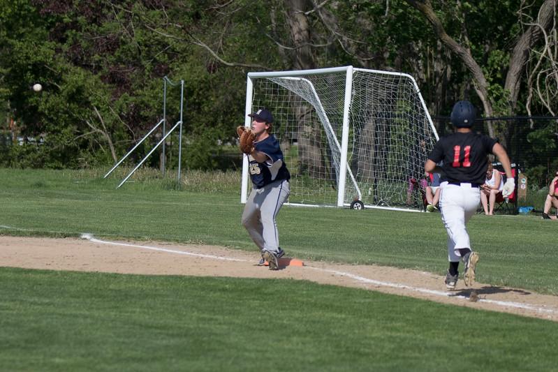 freshmanbaseball-170519-042.JPG