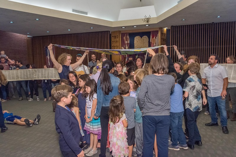 Simchat Torah-347.jpg